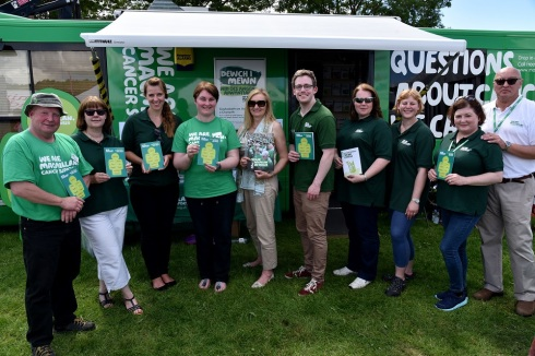 2-the-team-in-front-of-the-bus-at-royal-welsh